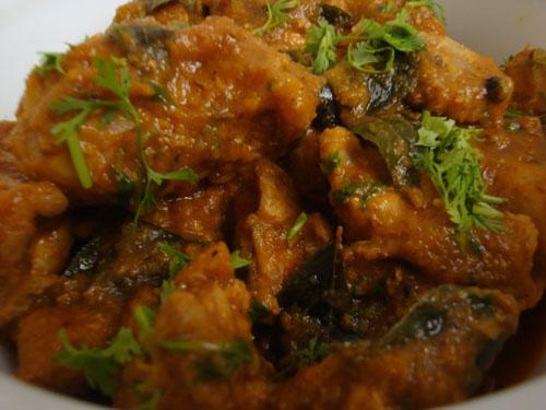 kozhi-varutha-curry1