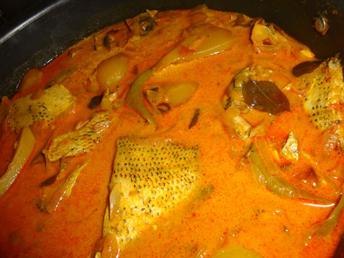 karimeen-curry1