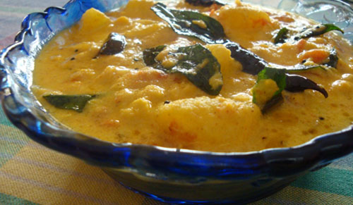 vellirikka-parippu-curry