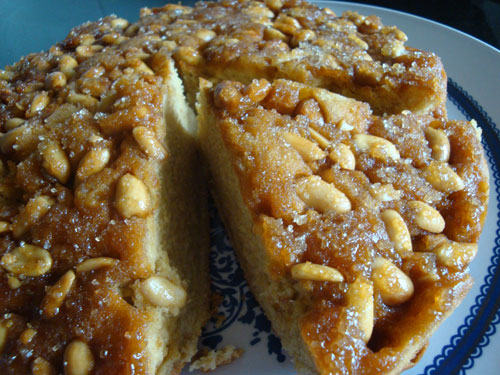 peanut-butterscotch-cake