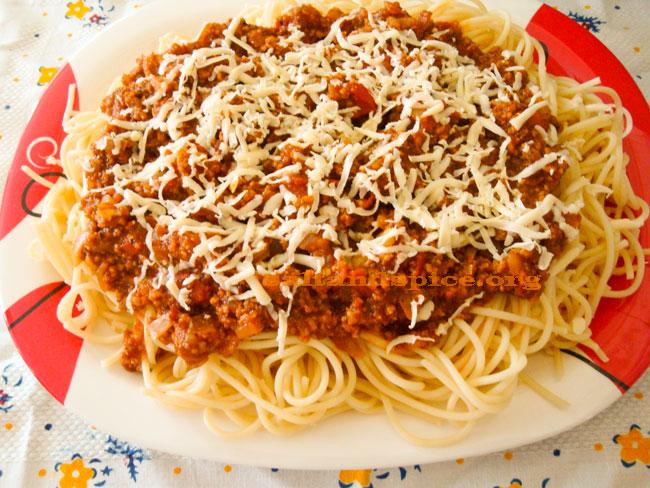 spaghetti-bolognese-(4)